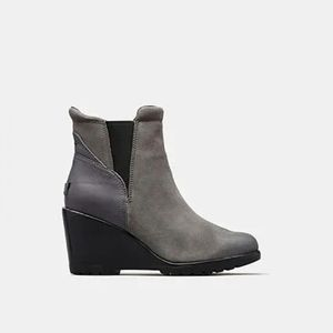 Sorel NWT Chelsea After Hours Quarry Suede Boots
